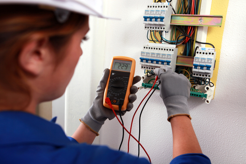 electrician-in-cardiff-
